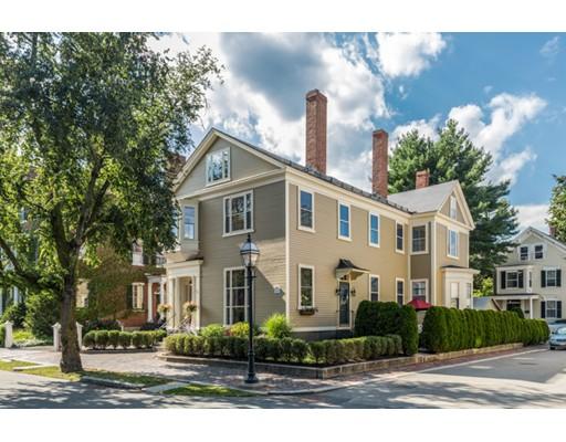 24 Chestnut Street, Salem, MA 01970