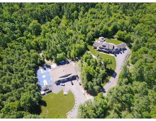 3 Huntinghouse Brooke Lane, Lakeville, MA