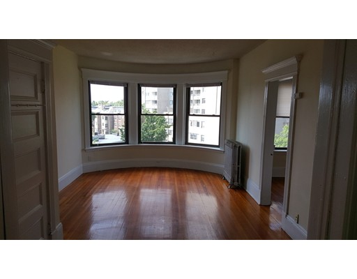 1382 Beacon, Brookline, MA 02446