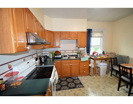 34 Auburn, Brookline, MA 02445
