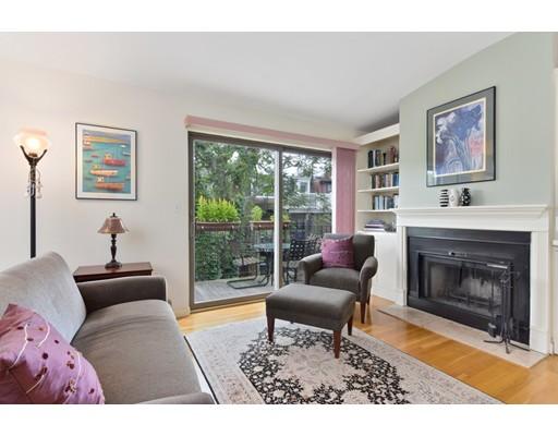 34 Hanson Street, Boston, MA 02118