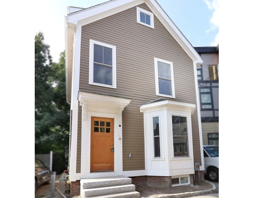 12 Beacon Place, Somerville, MA