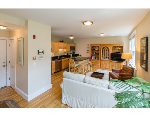 429 Norfolk Street, Somerville, MA 02143