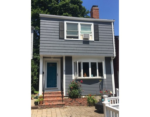7 Colonial Court, Marblehead, MA 01945