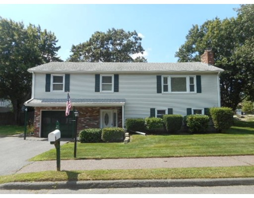 4 Walden Pond Circle, Saugus, MA