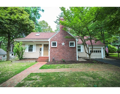2 Homestead Road, Lynnfield, MA