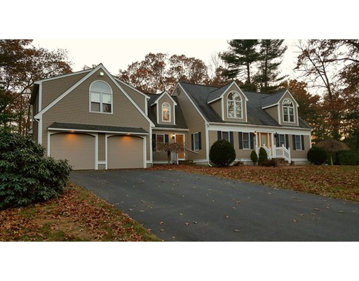 220 Boxwood Lane, Bridgewater, MA