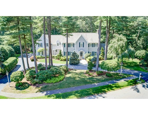 11 Graystone Lane, Weston, MA