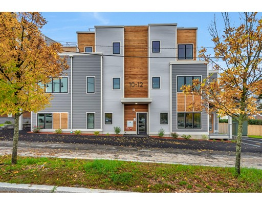 20 Taft Hill Park, Boston, MA 02131