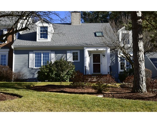 10 Bellingham Court, Middleton, MA 01949