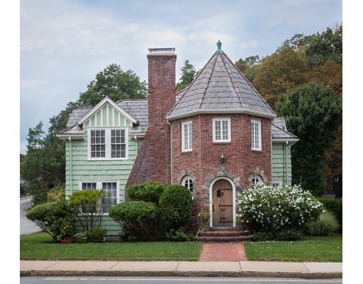 251 Pleasant Street, Arlington, MA
