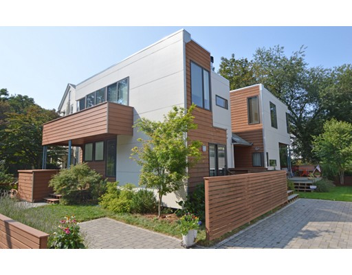 30 Holworthy Place, Cambridge, MA 02138