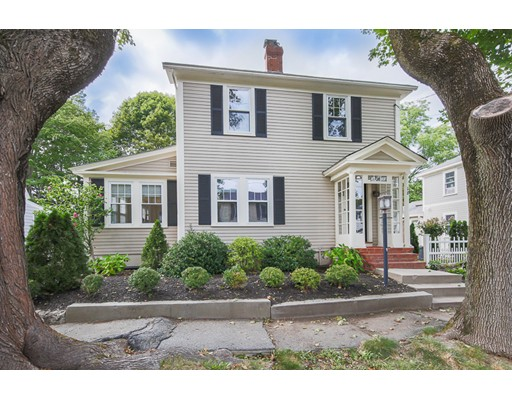18 Columbus Avenue, Newburyport, MA