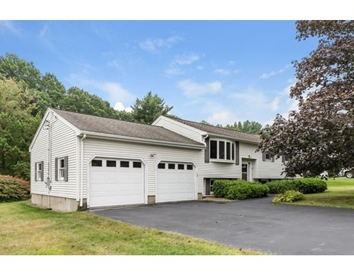 Photo of 110 Forest Park Rd Dracut MA 01826