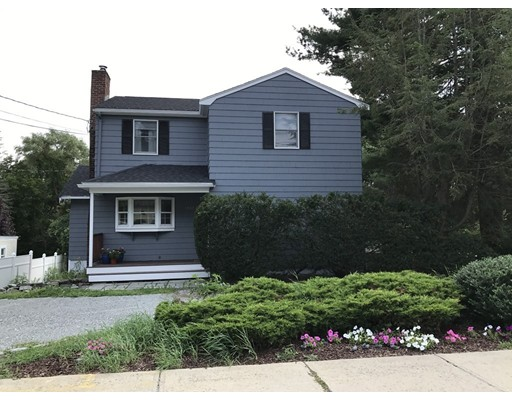 1552 Great Plain Avenue, Needham, MA