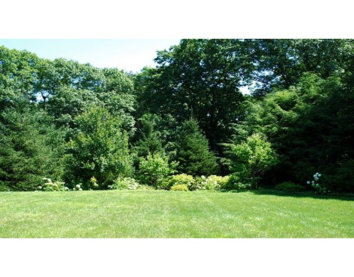 76 Woodcliff Road, Wellesley, MA