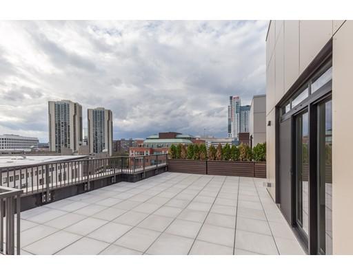 121 Portland #1001 Floor 1
