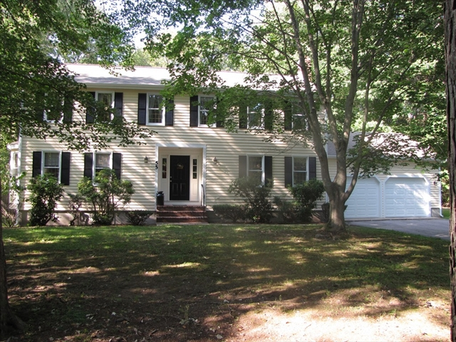 Walpole ma real estate mls number 72229130 917 from 11 1pm perfectly situated in one of north walpoles most desired neighborhoods finds this spacious colonial on a gorgeous publicscrutiny Image collections