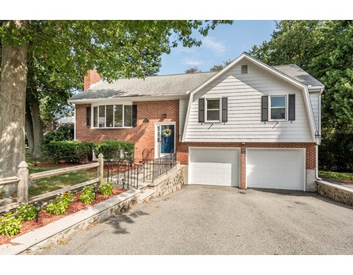 18 ARROW Circle, Reading, MA