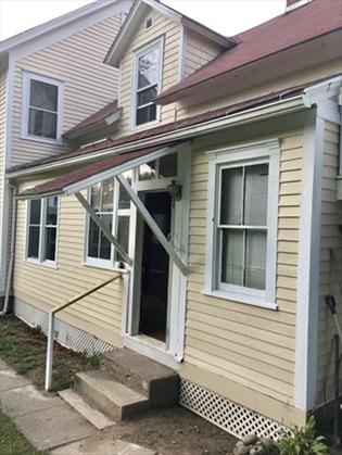 133 Elm St, Greenfield, MA: $119,900