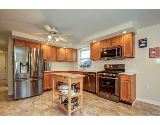 8 Bennetts Crossing, Ayer, MA