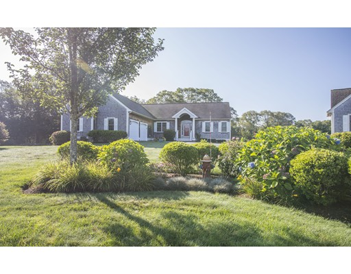 71 Country Way, Dartmouth, MA 02748