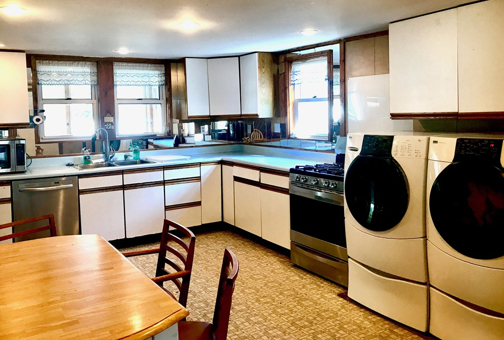 83 main saugus ma real estate listing mls 72232141 for Wheelchair accessible homes for sale near me