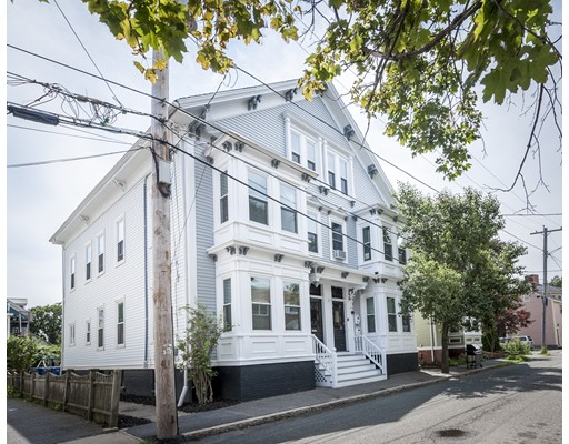 6 Boardman Street, Salem, MA 01970