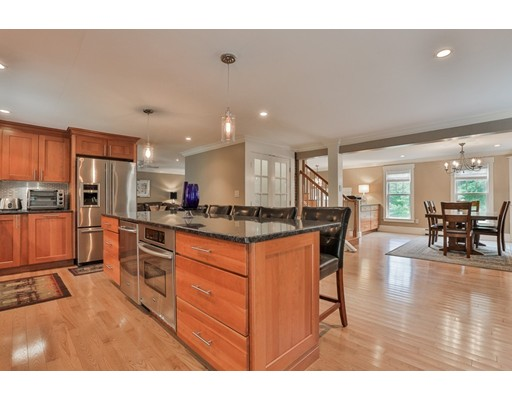 1 Avon Lane, West Newbury, MA
