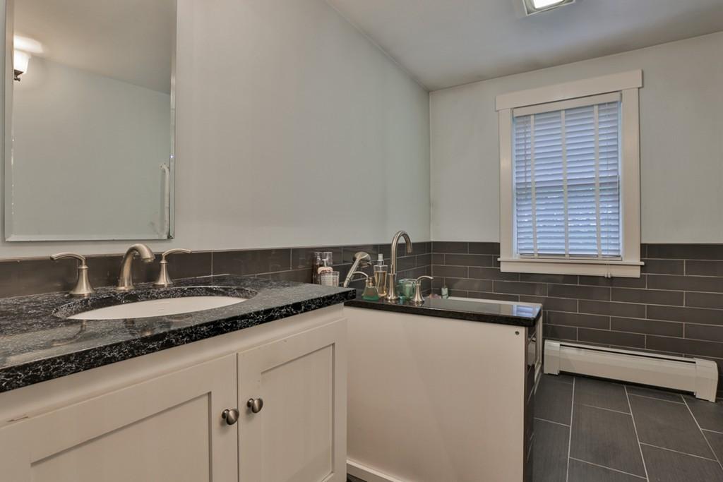 1 Avon Lane West Newbury Ma Real Estate Listing Mls