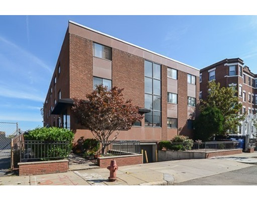 115 Highland Avenue, Somerville, MA 02143