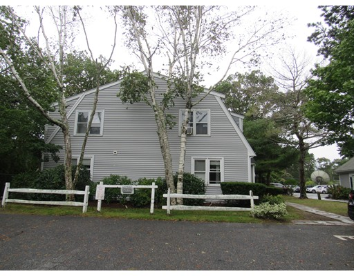 733 West Main St, Barnstable, MA 02601