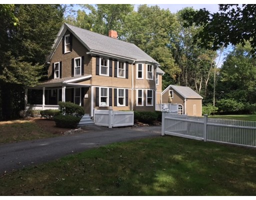 556 Wellesley Street, Weston, MA