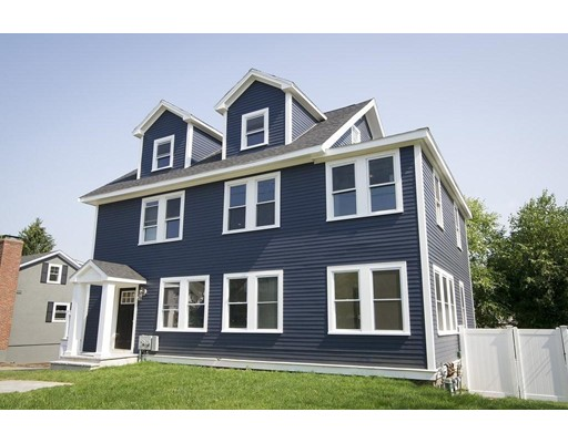 31 Oak Street, Wellesley, MA 02482