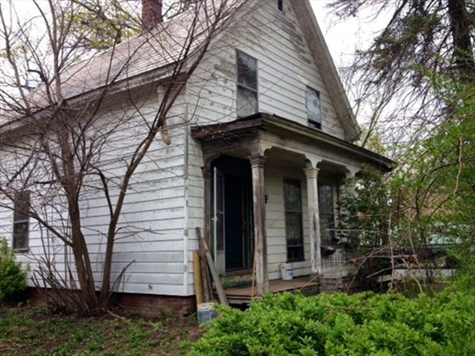 118 Conway Street, Greenfield, MA<br>$52,500.00<br>0.16 Acres, Bedrooms