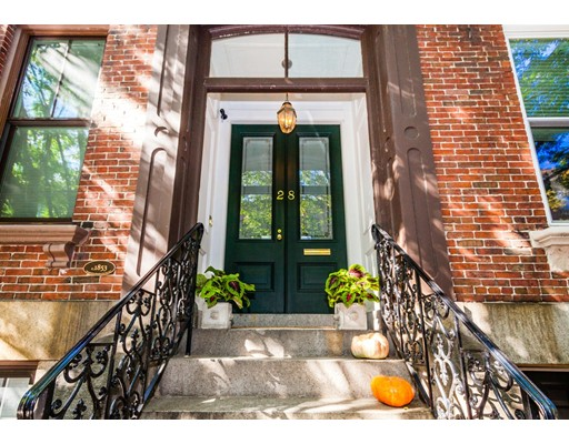 28 Chestnut Street, Boston, MA 02129