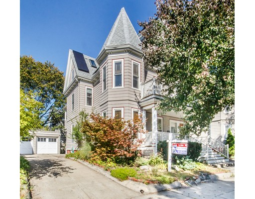 32 Rogers Avenue, Somerville, MA 02144