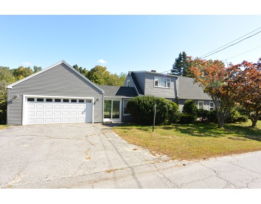 82 Kendall Hill Road, Sterling, MA