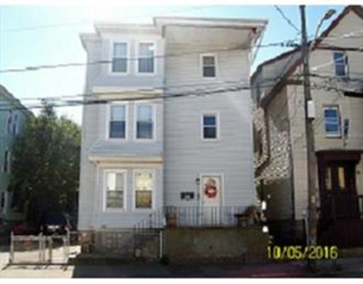 8 Social Street, New Bedford, MA 02744