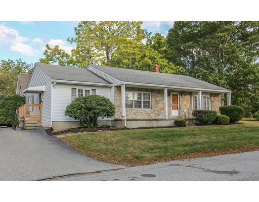 2 Akroyd St, Marlborough, MA