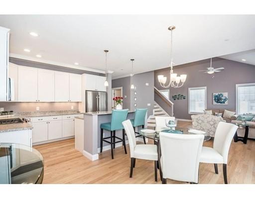 100 Baldwin Avenue, Woburn, MA 01801