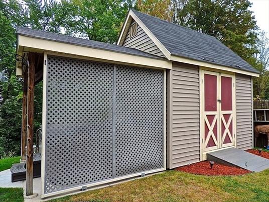 98 River St, Greenfield, MA: $189,900