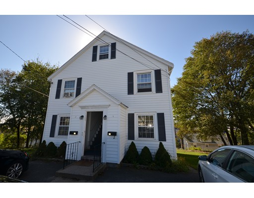37 Hillcrest Circle, Watertown, MA 02472