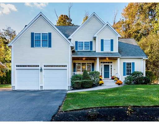 29 Lakeview Avenue, Danvers, MA