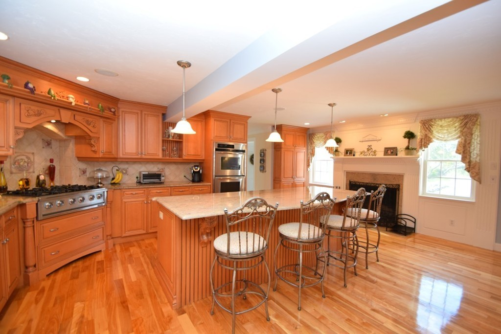 183 WHITING ST, HANOVER, MA 02339