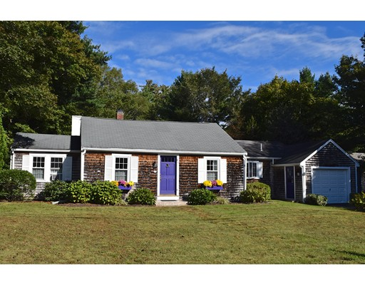 15 Pitcher Street, Marion, MA 02738