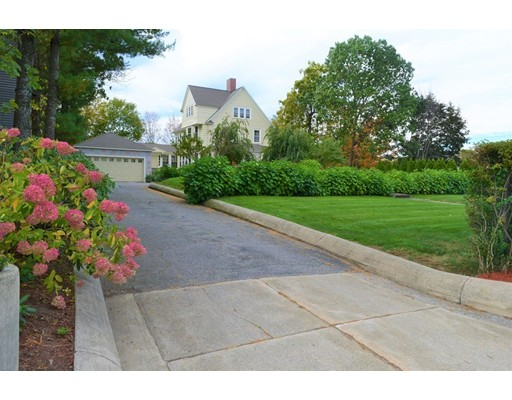 262 Mammoth Road, Lowell, MA