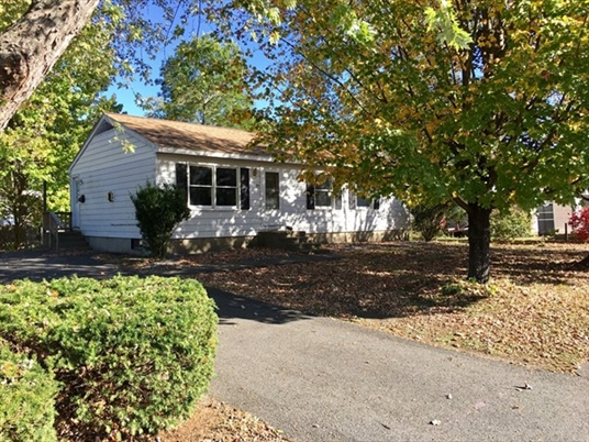 25 Turners Falls Rd, Montague, MA: $179,900