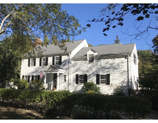 1 Squirrel Hill Lane, Hingham, MA