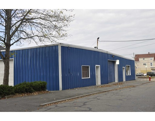 486 Orchard St, New Bedford, MA 02744